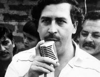 Fotografía de Pablo Escobar, el líder del Cártel de Medellín.