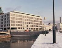 La actual sede central de la compañía, situada en Helsinki, es un diseño de Alvar Aalto / TTKK
