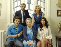 Una amistad peligrosa entre Carlos y Arancha levanta sospechas, en 'Cuéntame'