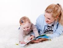 Los hijos destrozan la carrera laboral de las mujeres / Pixabay
