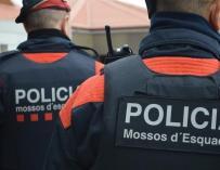 Guardia Civil y Mossos disparan a un hombre que gritó 'Ala es grande'