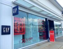 GAP es una de las mayores cadenas de moda estadounidense / Mike Mozart