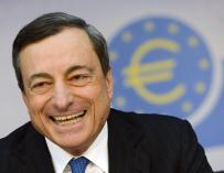 El presidente del Banco Central Europeo (BCE), Mario Draghi, sonríe durante una rueda de prensa  en Fráncfort (Alemania), esta semana.