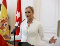 Cristina Cifuentes durante la rueda de prensa en la que ha anunciado su renuncia