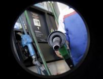 Las petroleras temen la reforma apresurada de la fiscalidad de los carburantes.