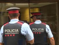 Fotografía de agentes de los Mossos d'Esquadra.
