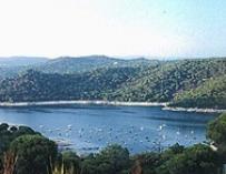 El Pantano de San Juan y la Pedriza, lugares preferidos por los nudistas madrileños este verano
