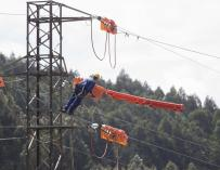 """EDP afirma que no hay """"nada concreto"""" sobre una fusión con Gas Natural, que ya desmintieron ambas"""