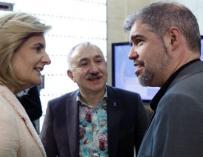 La ministra Báñez acompañada de los secretarios generales de UGT y CCOO.
