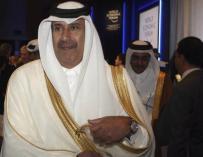 Imagen del jeque Jeque Hamad bin Jassim bin Jaber bin Muhamad al Thani.