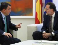 Aitor Esteban y Mariano Rajoy en Moncloa.