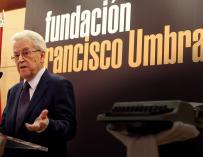 Santos Juliá durante la concesión del premio Francisco Umbral al libro del año