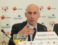 """Luis Rubiales (AFE): """"Apoyamos a Alberto Contador porque es injusto lo que se ha hecho con él"""""""