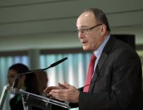 Gobernador del Banco de España, Luis María Linde, durante el desayuno informativo