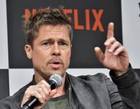 Fotografía de Brad Pitt en una presentación de Netflix.
