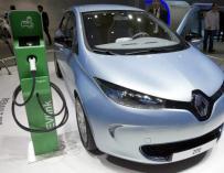 Renault se enchufa en España y logra vender un 230% más de 100% eléctricos