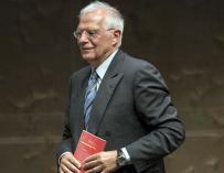 Josep Borrell acepta ser ministro de Exteriores del Gobierno de Pedro Sánchez.  / EFE