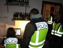 La Policía detiene a 22 personas e imputa a otras 10 en una redada contra la distribución de pornografía infantil