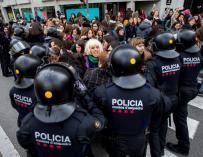 Los mossos impiden el corte de calles en Barcelona