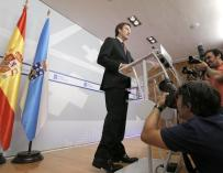 """Feijóo dice que se sentirá """"plenamente representado"""" por lo que diga Rajoy"""