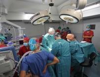 El quirófano del Hospital La Paz a pleno rendimiento.