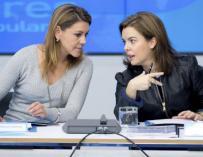 Cospedal y Soraya aspiran a liderar el PP. / EFE