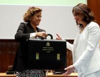 Carmen Montón y Dolors Montserrat