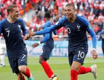 Mbappé celebra el gol que ha dado la victoria a su equipo. / EFE