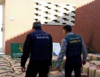 Incautación de droga durante una operación contra el narcotráfico