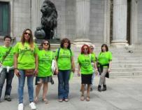 El colectivo de camareras de piso 'Las Kellys', ante el Congreso en mayo pasado.
