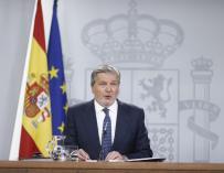 Méndez de Vigo reclama una respuesta a la consejera catalana y pide no sembrar dudas sobre todos los profesores