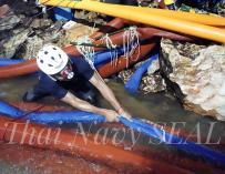 12 niños atrapados en una cueva en Tailandia