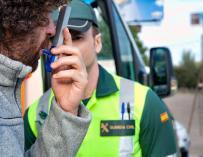 Un alto porcentaje de conductores conducen bajo los efectos de drogas y alcohol (Foto: DGT)