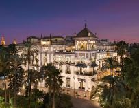 Imagen panorámica del hotel Alfonso XIII.