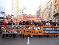 Manifestación de los afectados por Fórum Filatélico.