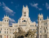 ESPAÑA (858,6 EUROS)