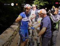 El belga Philippe Gilbert (Quick Step)  tras sufrir la caída en el descenso del Portet d'Aspet (Imagen: Eurosport)
