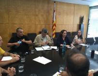 Reunión del sector del taxi con la alcaldesa Ada Colau
