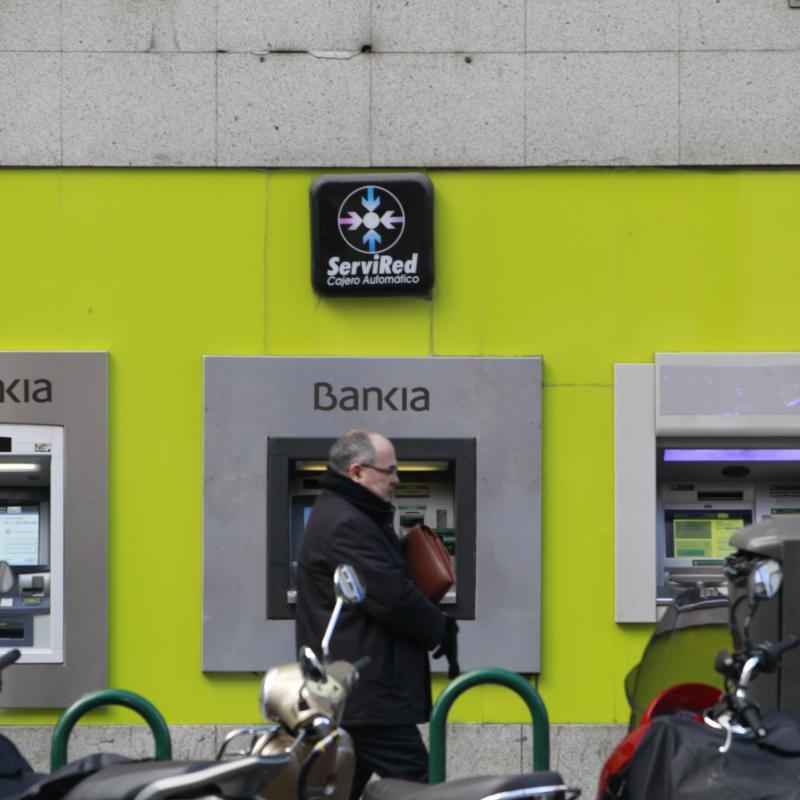 Un mill n de clientes de bankia har sus gestiones con for Bankia internet oficina internet
