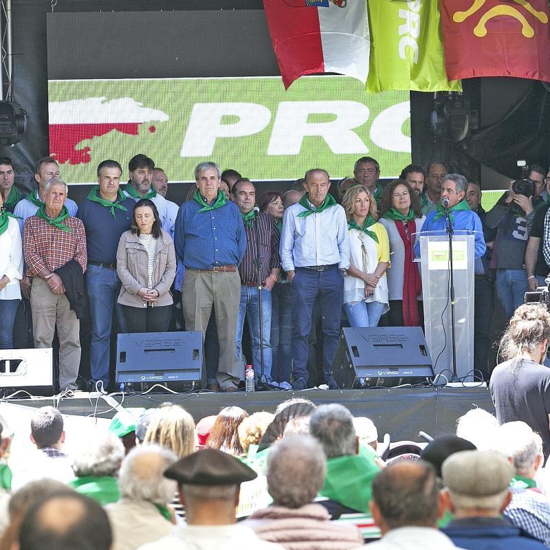 Revilla llama a los regionalistas a quitarse la espinita - Manuel riesgo villaverde ...