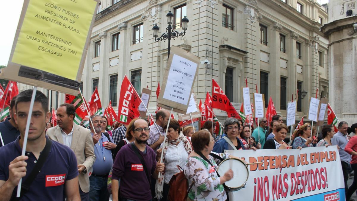 Desconvocada la huelga de los comedores escolares mediante un acuerdo entre aramark y las - Empresas de comedores escolares valencia ...