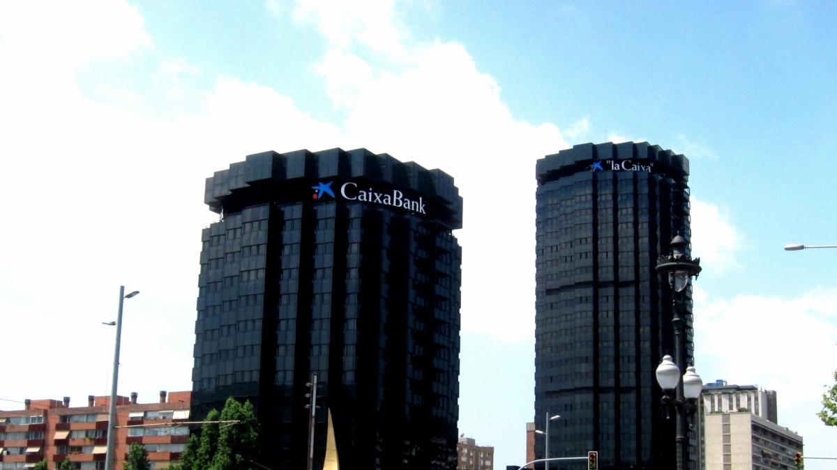 Caixabank abre brecha y elimina la cl usula suelo de cerca for Clausula suelo caixabank