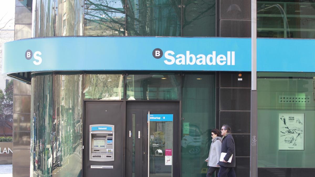 La socimi propietaria de sucursales de banco sabadell sube for Sucursales banco de espana madrid