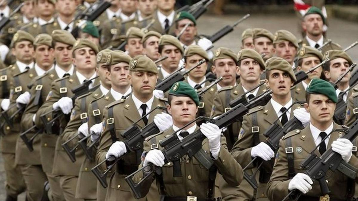 Caos en los cursos de formación de los militares: 35 millones de gasto y 0 títulos