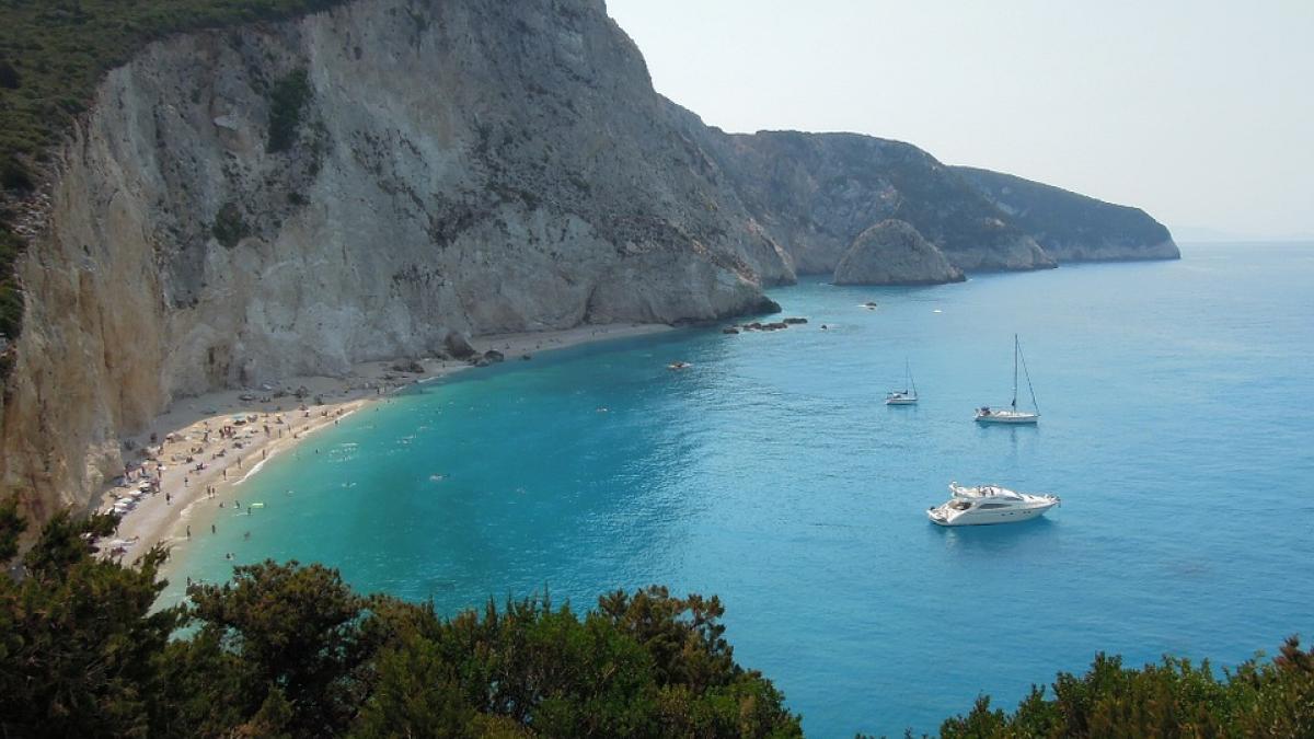 Lefkada, la bella y desconocida isla griega que se esconde en el mar Jónico