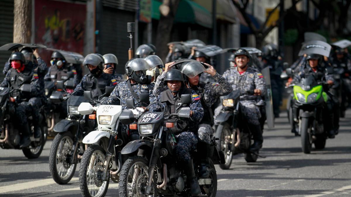 Al menos 13 fallecidos en Venezuela tras los choques entre Policía y manifestantes