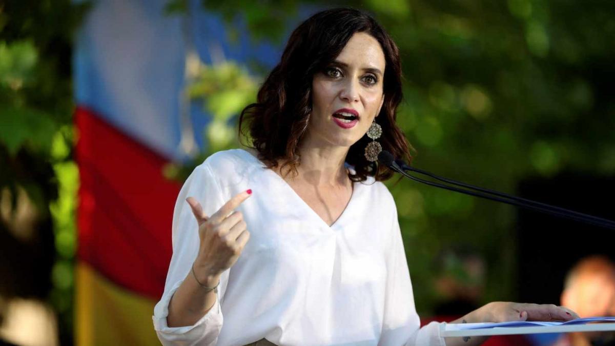 Cs 'traga' en su pacto de gobierno con el PP en Madrid y acepta el 90% de las exigencias de Vox