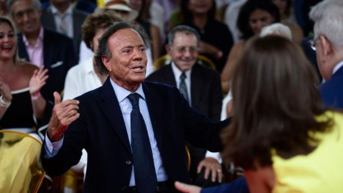 El supuesto hijo de Julio Iglesias vende su derecho a heredar a un grupo mexicano para seguir pleiteando